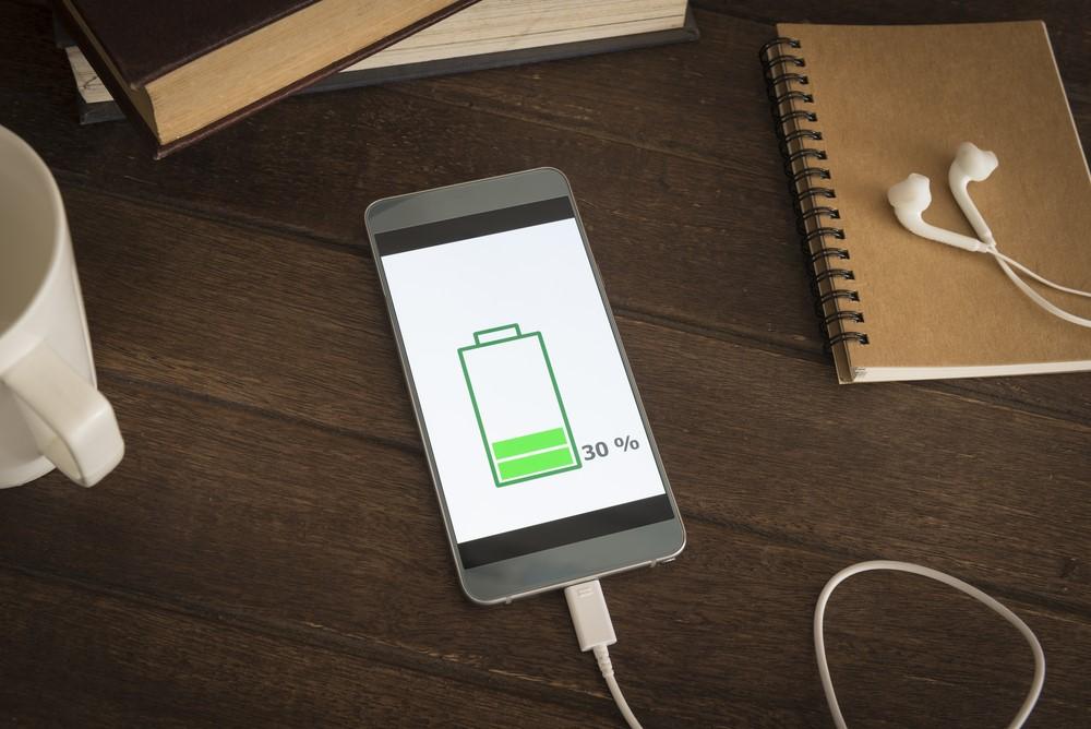 Slimme manieren om jouw telefoon efficiënter op te laden